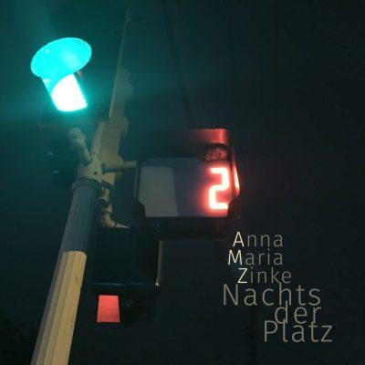 Nachts der Platz